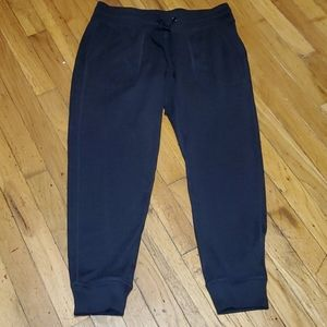 Women's black old navy active go dry joggers med